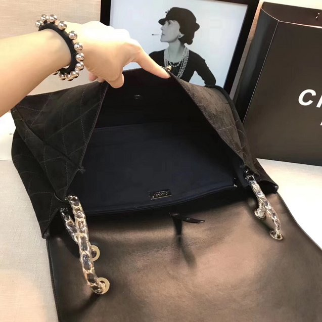 2019 CC original suede x pharrell maxi flap bag AS0619 black