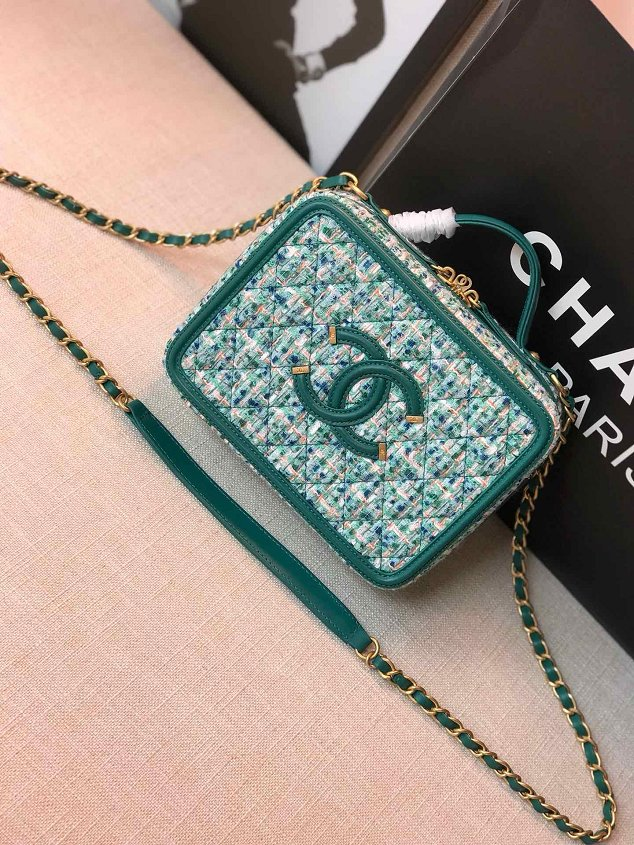 2019 CC original tweed vanity case A93343 green